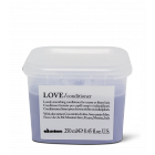 Davines LOVE Smoothing Conditioner - For Coarse or Frizzy Hair